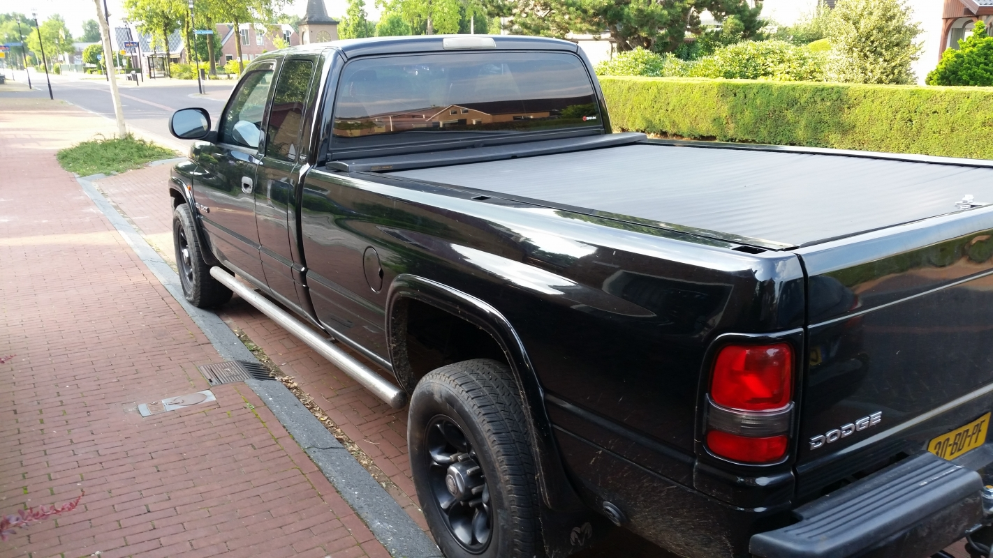 DODGE RAM-PICK-UP